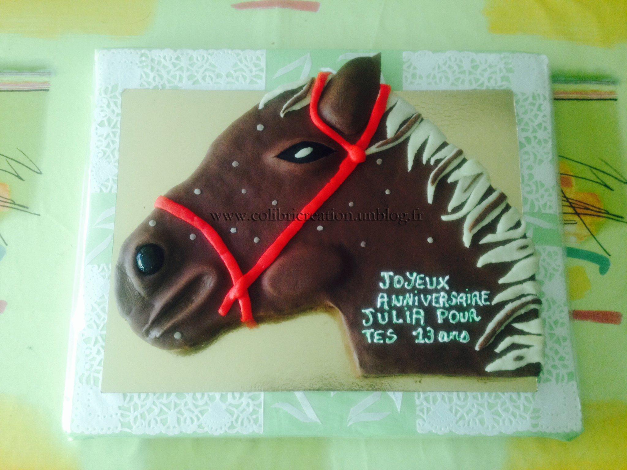 gateau anniversaire forme cheval